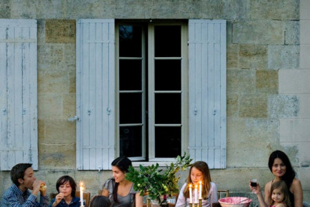 How to Host the Perfect French Dinner Party Infographic