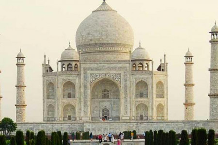 BEAUTIFUL DELHI WITH AGRA TRIP Infographic