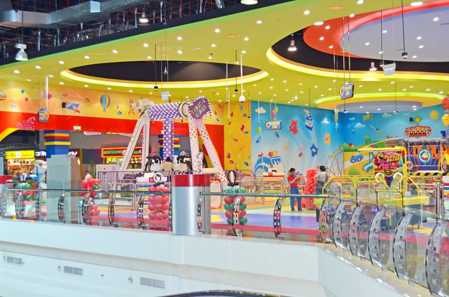 Enjoy The Most Entertaining and Engaging Activities with your kids at highly reduced prices | Fun City Infographic