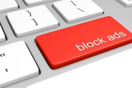 How to Block Ads in an iPhone & iPad Infographic