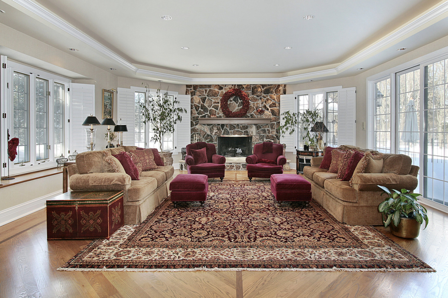 Using Large Area Rugs Around the House Infographic
