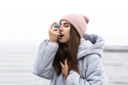 10 TIPS TO CONTROL ASTHMA IN WINTER Infographic