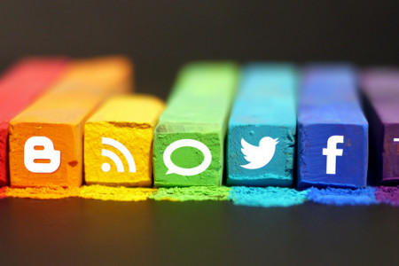 5 Social Media Sites That Can Make or Break your Brand  Infographic
