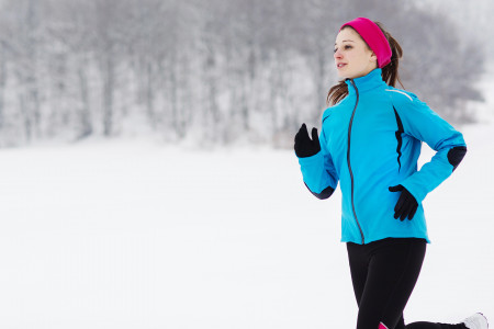5 WAYS TO STAY HEALTHY IN COLD AND SNOWY WEATHER Infographic