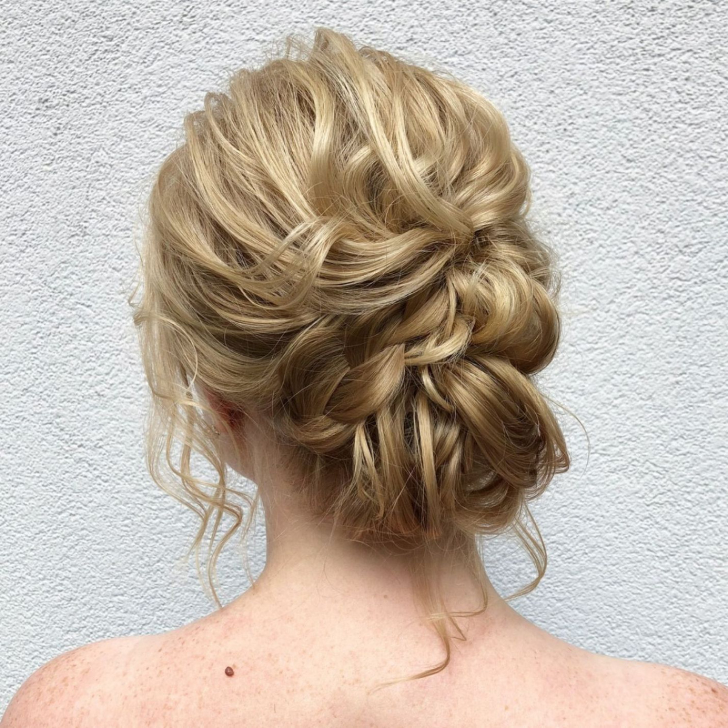 Best Prom Hairstyles for Shoulder Length Hair   Visual.ly