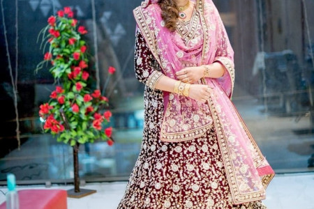 Classic Wedding dress on Rent in Faridabad  Infographic