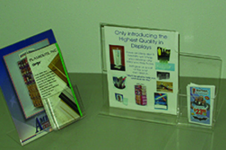 GREETING CARD HOLDERS Infographic