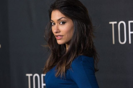 Janina Gavankar Wiki, Biography, Age, Height, Weight, Body Measurements Infographic