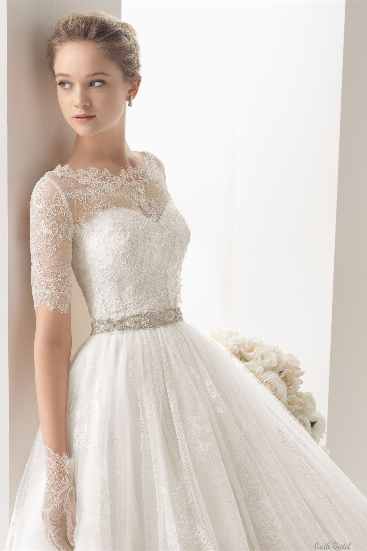 Lace Appliques Beading Belt Wedding Dress | Visual.ly