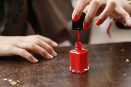 Long Lasting Nail Polishes Available In The Market Infographic