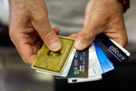 Make Investment Payment Seamless Through Credit/Debit Card Infographic