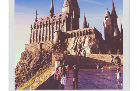 Movie Buildings in the Real World: Hogwarts Infographic