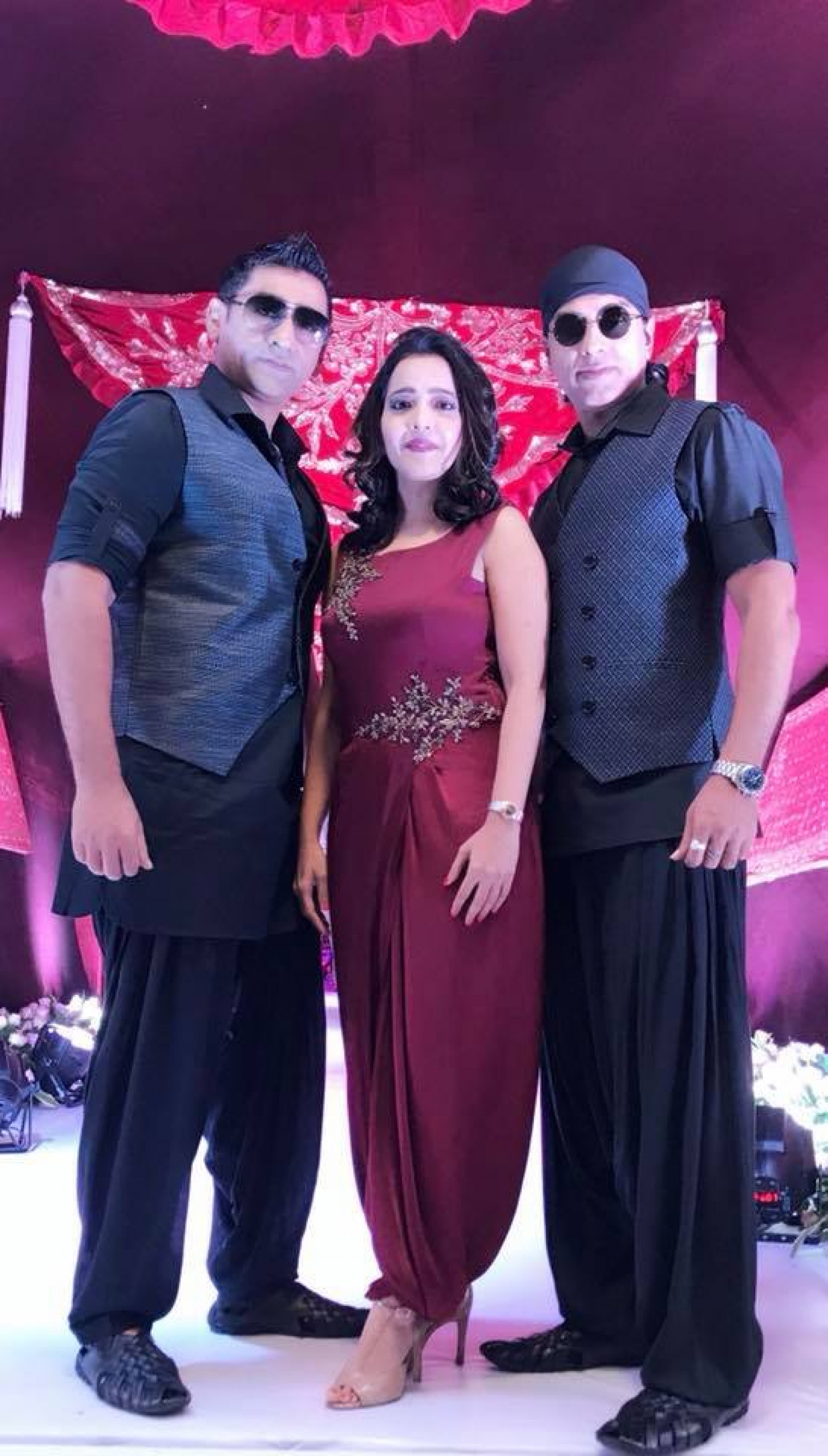Performance by popular music band Dhwani in big fat Indian weddings Infographic