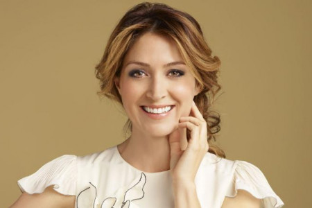 Sasha Alexander Height, Weight, Measurements, Age, Wiki, Biography Infographic