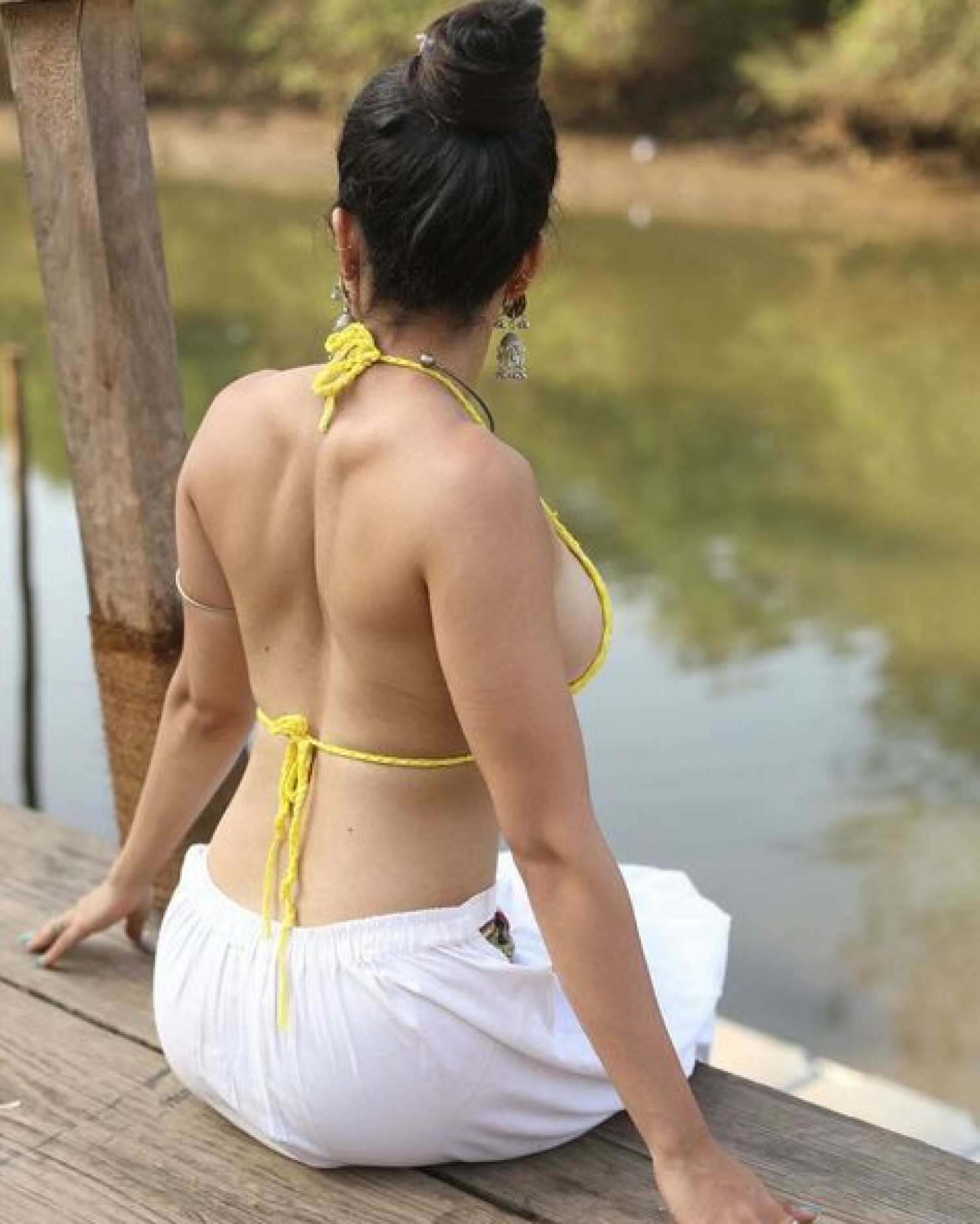 Sneha a hot Call Girl in Mumbai, mature and seductive lady available for you. Infographic
