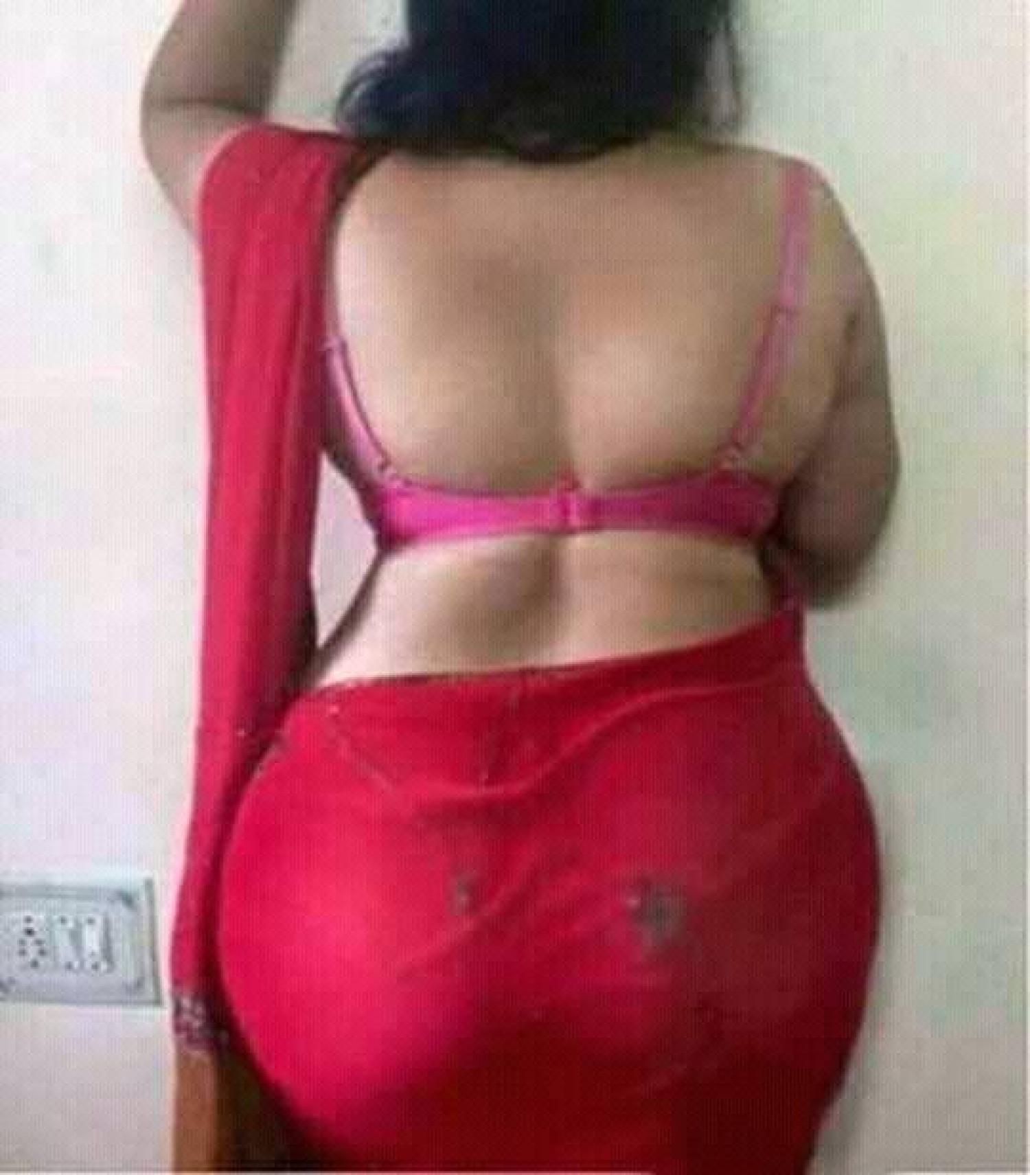 Sneha Call Girl in Delhi, mature and seductive lady available for you. Infographic