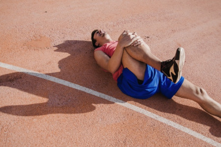 Sports Injury Clinic in Gurgaon  - Orthocure Infographic
