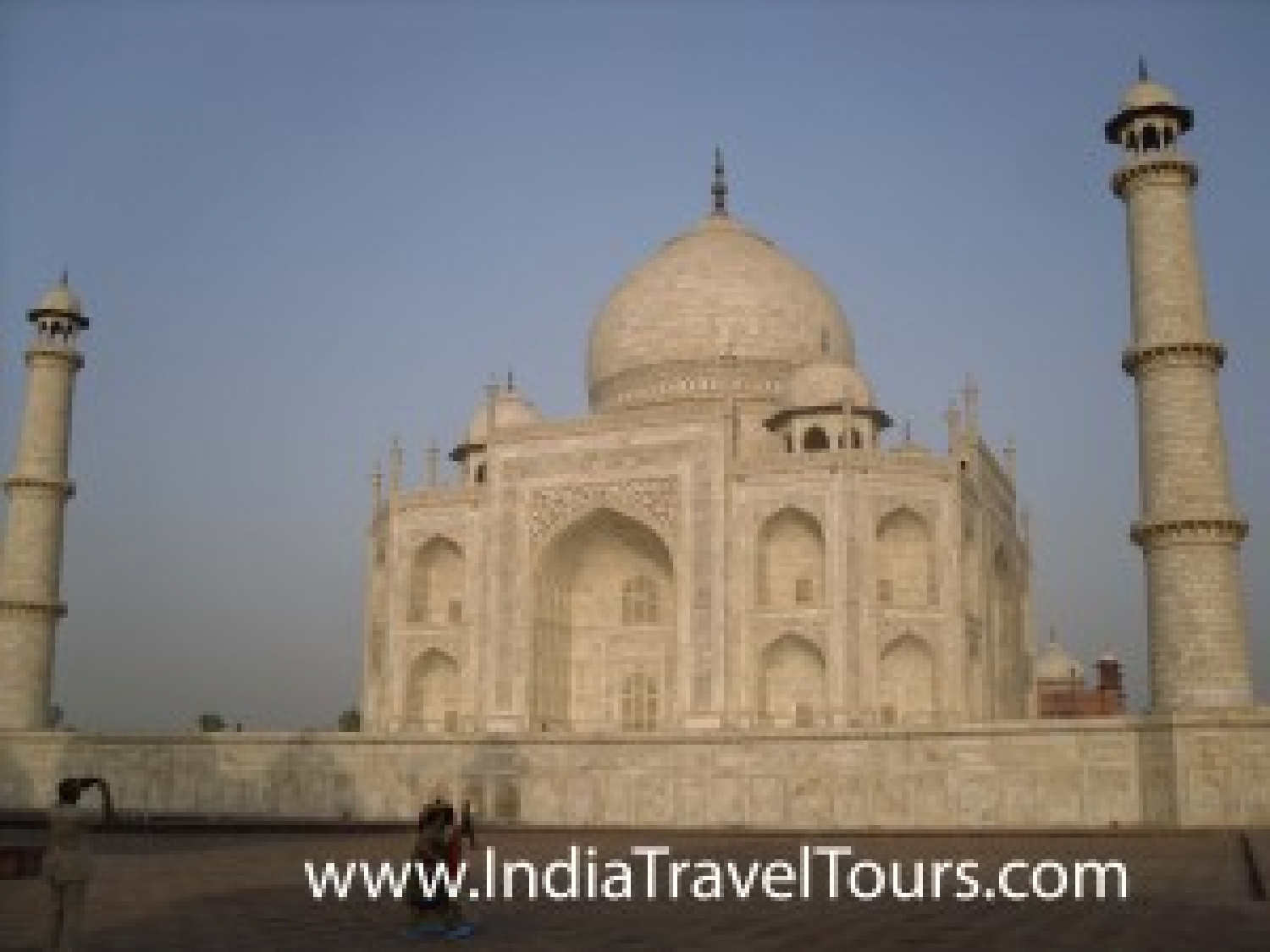 Taj Mahal Travel Tours Infographic