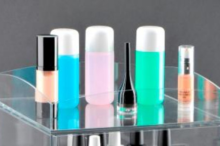 Top Caddy for Clear Cube Makeup Organizers Infographic