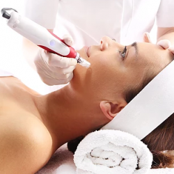 Treat Your Acne Marks Safely and Effectively With Advanced Microneedling and Dermaroller Treatment
