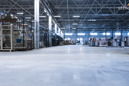 Use LED Linear High Bay Lights Inside the Warehouse and Industry Infographic